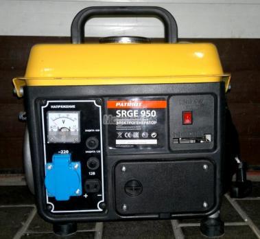Купить Бензиновый генератор PATRIOT SRGE 950 Москва